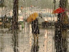 微信暴雨天气的说说带图片 暴雨天的心情说说