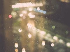 下雨天浪漫文案 雨天浪漫唯美说说带图片