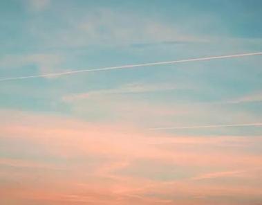 描写天空的优雅伴侣圈配图 伴侣圈发天空照的案牍7
