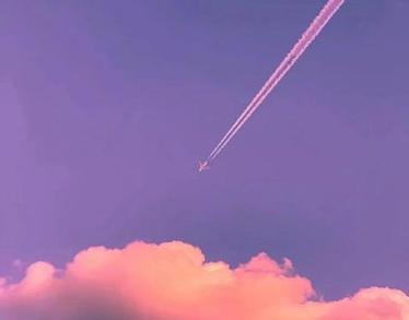 描写天空的优雅伴侣圈配图 伴侣圈发天空照的案牍11
