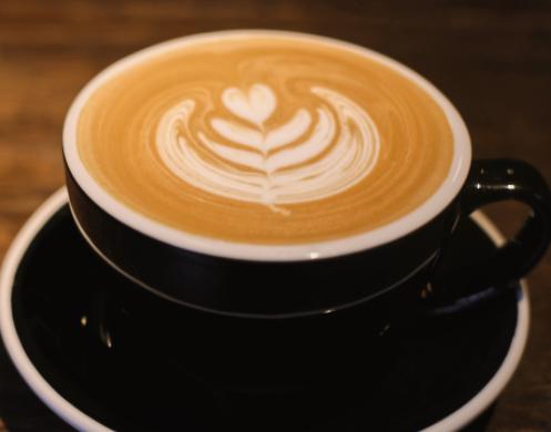 喝咖啡睡不着的朋友圈文案说说 因为喝咖啡失眠的文案1