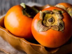 又到吃柿子的时节了的说说 秋季吃柿子的开心说说